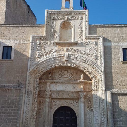 Il portale del Castello di Copertino