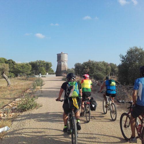 In bici sulla pista del Sinni