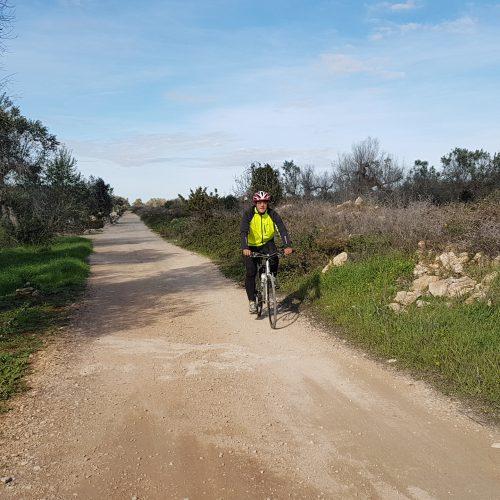 Il bici su sterrato vicino Parabita