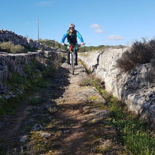 L'antica strada romana vicino Masseria Le Stanzie