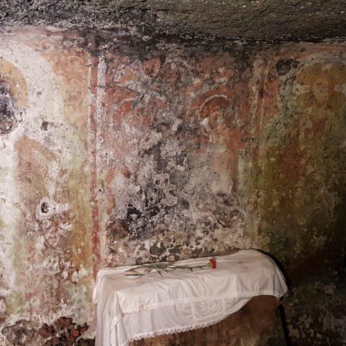 L'altare della cripta di Sant'Antonio Abate